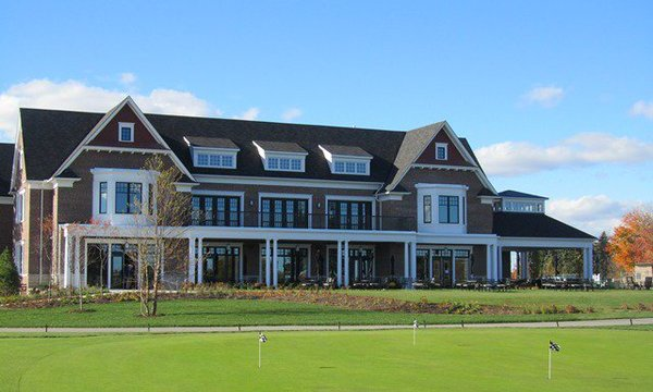 The 30,000 square foot Cedar Brae clubhouse was designed by award-winning Toronto architect Richard Wengle.