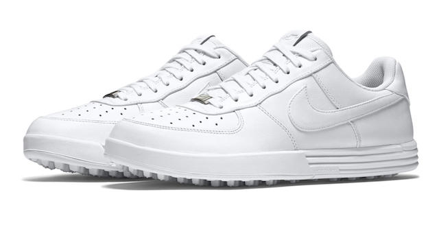 NIKE Air Force 1 lands on the golf course