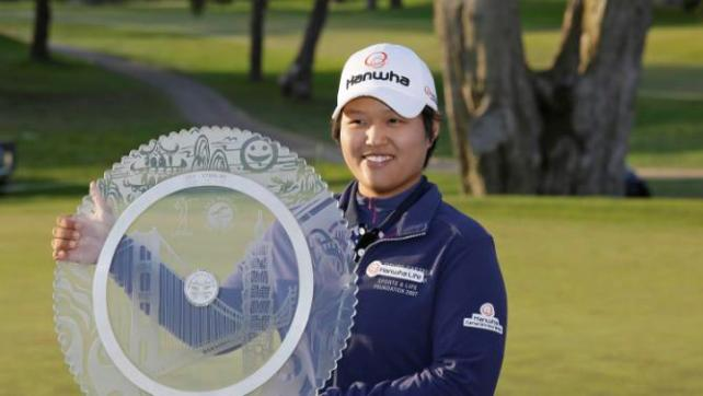 Haru Nomura wins LPGA Swinging Skirts; Brooke Henderson nabs another Top 10