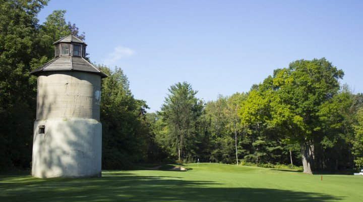 Briars GC, Hole No 14 with old silo.
